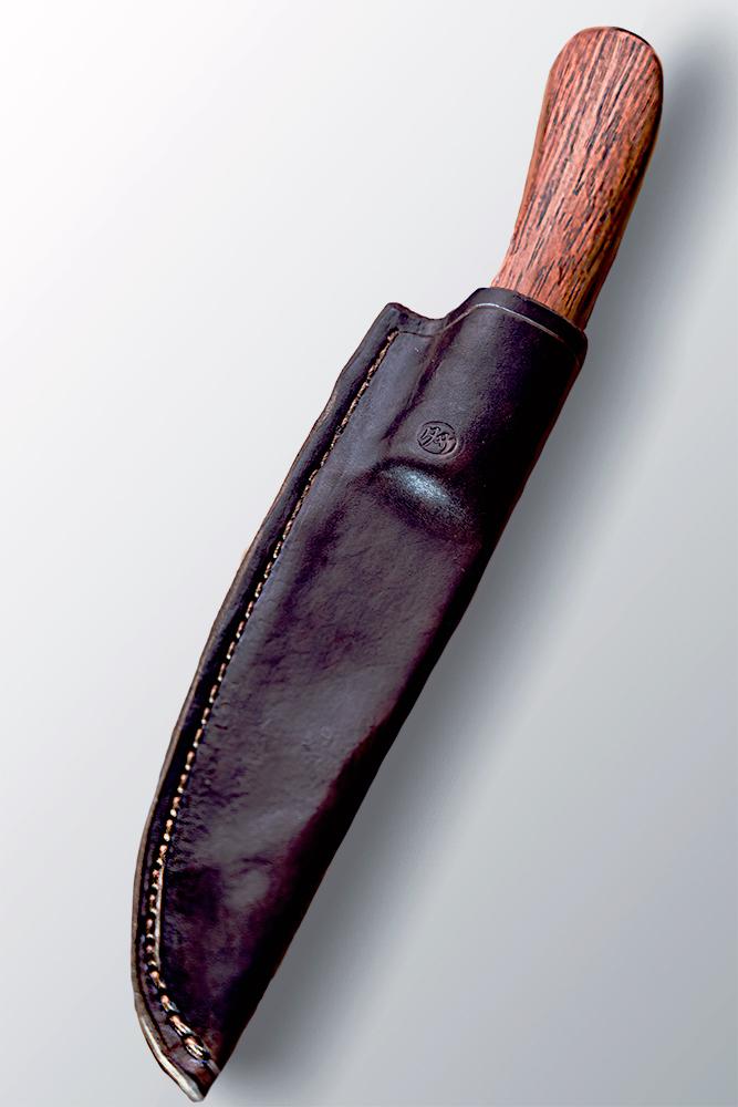 Forgiatura e creazione artigianale coltelli e attrezzi  Tasa Tarantino